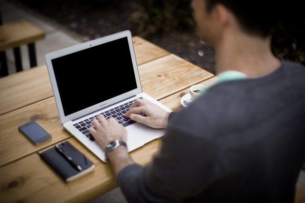 Rédiger son CV : les 5 erreurs à ne pas commettre