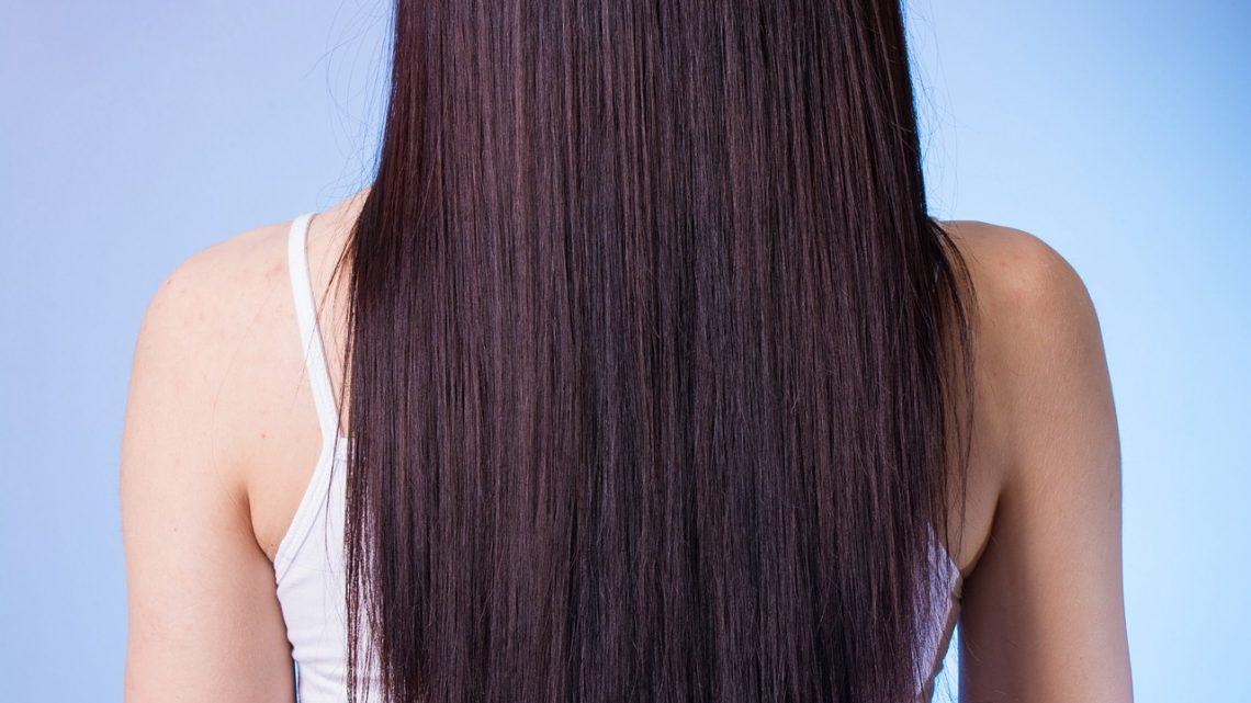 Lissage : comment avoir les cheveux lisses naturellement