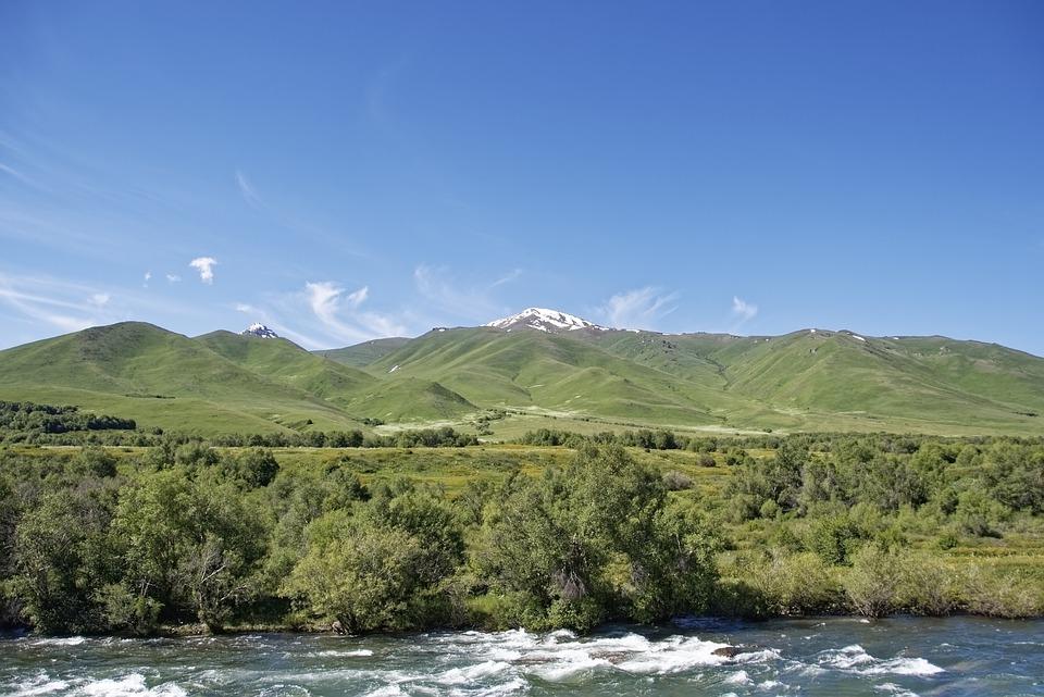 En route vers le Kirghizistan pour explorer ses adresses touristiques