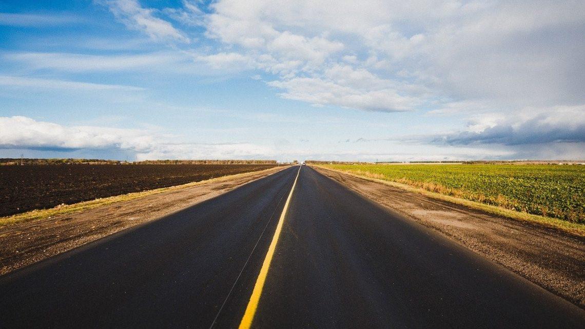 Emile Ouosso et les projets de développement routier en Afrique